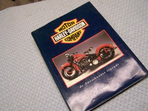 HARLEY-DAVIDSON MOTOR COMPANY BOOK-IN GERMAN