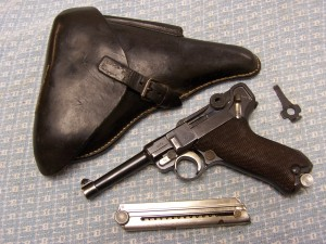 MAUSER G-DATE LUGER P08 9mm RIG W/MATCHING MAG.